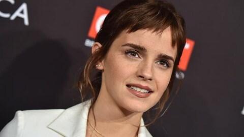 L'actrice arrive lors d'une soirée pour les BAFTA