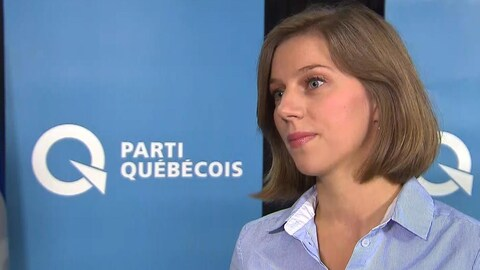 Elle est en entrevue à Radio-Canada