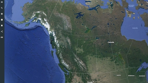 Une carte du Canada Google Earth, avec à gauche, des outils d'édition.
