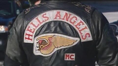 Quatre autres personnes ont été accusées dans le cadre de l'opération du mois dernier qui a mené au démantèlement de réseaux de trafic de stupéfiants liés aux Hells Angels.