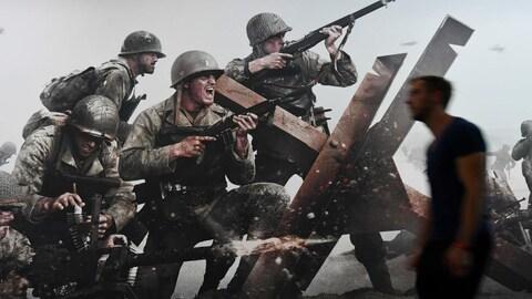 Affiche du jeu Call of Duty : WWII montrant des soldats de la Deuxième guerre mondiale.