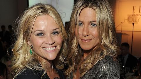 Jennifer Aniston et Reese Witherspoon le 17 octobre 2011 à Los Angeles