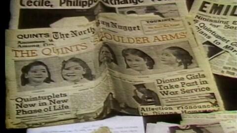 Coupures de journaux anglophones d'époque sur les jumelles Dionne.