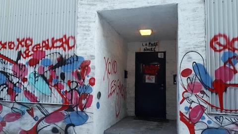 La librairie anarchiste La Page Noire, dans Saint-Roch, dit avoir été la cible de vandalisme ce week-end.