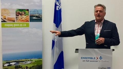 Le ministre de l'agriculture Laurent Lessard a participé à l'annonce.