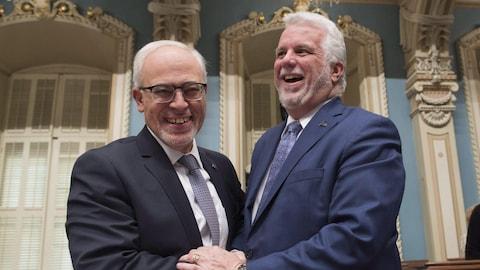Le ministre des Finances, Carlos Leitao, et le premier ministre du Québec, Philippe Couillard.