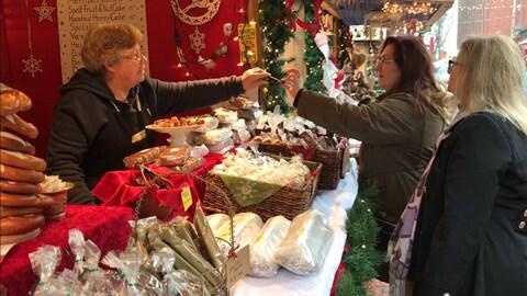 Le marché de Noël de Toronto est de retour pour une huitième année.