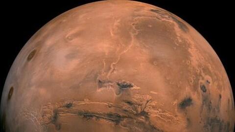 La planète Mars.