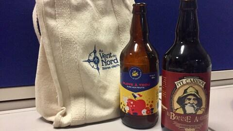 La Ploye à trou et La Bonne aventure, deux bières gaspésiennes.