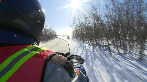 Les motoneigistes de l'Estrie aimeraient avoir de nouveau accès au centre-ville de Sherbrooke.