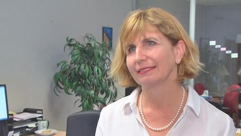 La députée provinciale d'Ottawa-Vanier, Nathalie Des Rosiers.