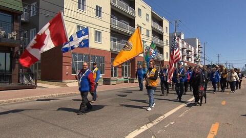 Le défilé du club Lions à Sept-Îles