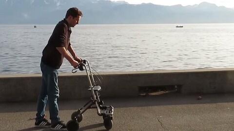 Des paraplégiques marchent à nouveau