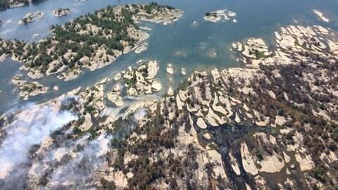 Vue aérienne du feu Parry Sound 33.
