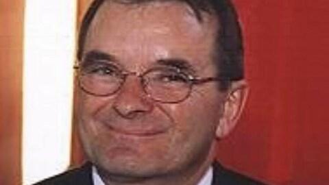 L'ex-maire de Saint-Maxime-du-Mont-Louis Paul Hébert Bernatchez est mort à l'âge de 69 ans.
