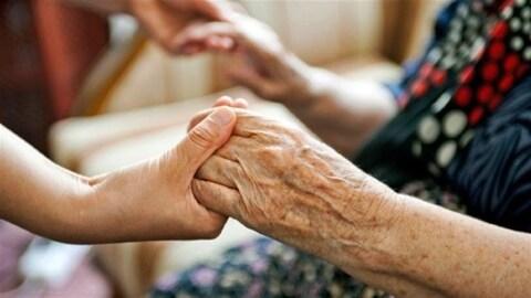 Le traitement des personnes âgées dénoncé au CHU de Québec