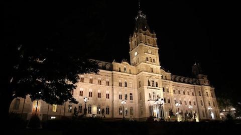 L'Assemblée nationale la nuit