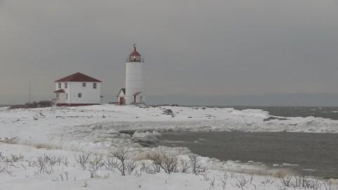 Le phare de l'île-Verte appartient maintenant à la ville de Notre-Dame-des-Sept-Douleurs