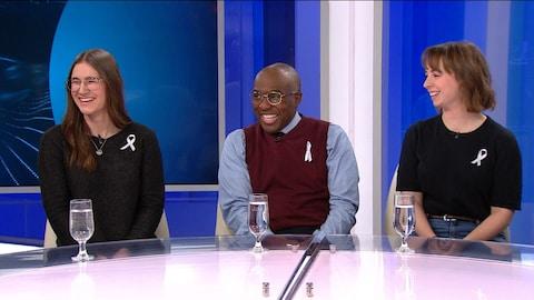 Trois étudiants à la Polytechnique parle de la tuerie de Polytechnique.