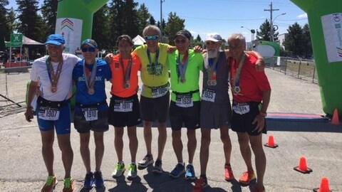Les sept frères participent à plusieurs courses chaque année.