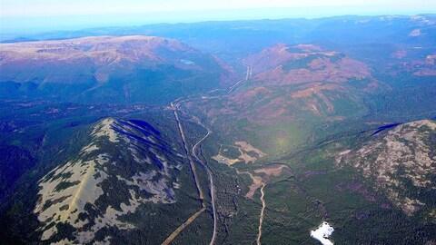 Le mont Hog's Back et le mont Albert en arrière-plan
