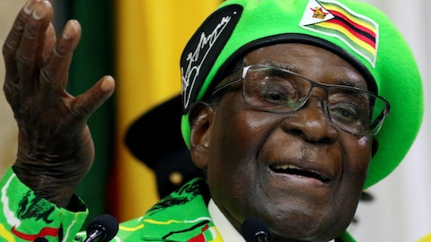 Robert Mugabe parle.