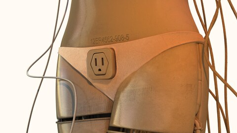 Un robot féminin branché à de nombreux fils et avec une prise électrique au niveau de son pubis.