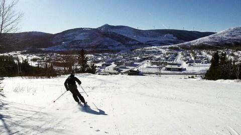 Le Mont Miller a ouvert quelques pistes.
