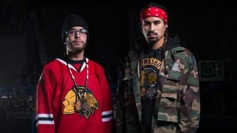 Deux chanteurs autochtones