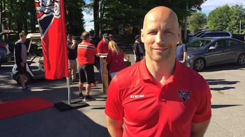 Steve Bégin dans l'uniforme des Voltigeurs de Drummondville