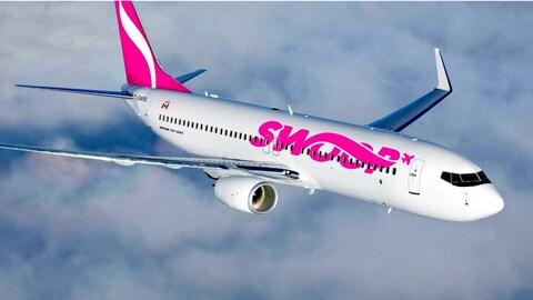 Un avion boeing de la compagnie Swoop
