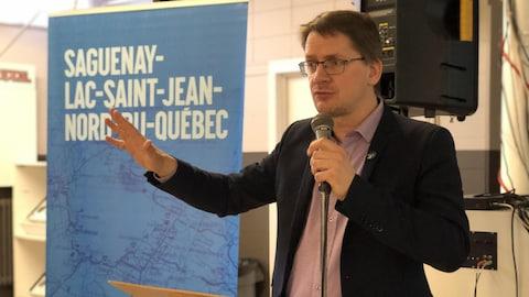 Le député du Parti québécois dans Jonquière, Sylvain Gaudreault, lors d'une allocution en mars 2018