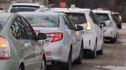 Une lignée de taxis à Winnipeg