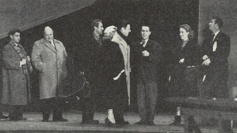 Sur scène, de gauche à droite: les membres du Fletcher Pack TrIo, Felix Leclerc, Pierrette Alarie, Jean Sablon, Jacques Normand, Collette Merola et Ken Meyer.