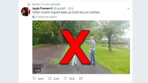 On voit un tweet de la politicienne Jayda Fransen. «VIDÉO: Un migrant musulman agresse un jeune Néerlandais en béquilles!» Est-il écrit.