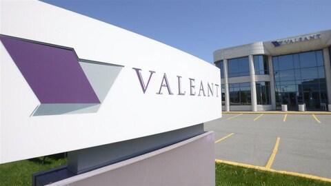 Le siège social de Valeant, à Laval