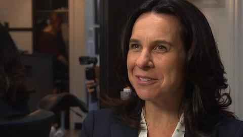 La candidate à la mairie de Montréal, Valérie Plante, en entrevue avec notre journaliste