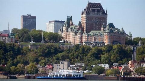 La Ville de Québec accueille des milliers de touristes chaque année.