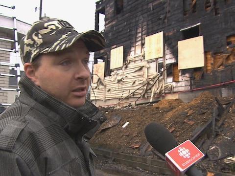 Jean-Pierre Néron n'a pas hésité à porter secours aux personnes aux prises avec l'incendie