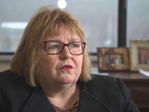 La Dre Margaret Steele, doyenne de la Faculté de médecine de l'Université Memorial, à Terre-Neuve-et-Labrador