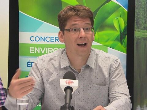 Le directeur général du Conseil régional de l'environnement et du développement durable, Tommy Tremblay