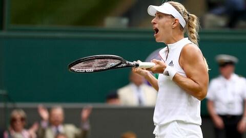 Angelique Kerber réagit à sa victoire à Wimbledon.