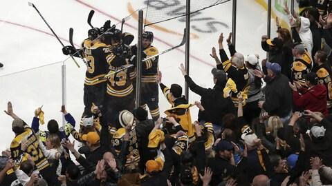 Les Bruins de Boston éliminent les Maple Leafs de Toronto en sept matchs pour la troisième fois depuis 2013.
