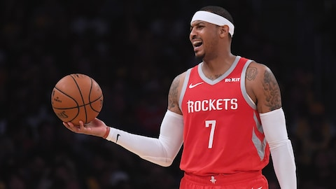 Carmelo Anthony dans l'uniforme des Rockets de Houston