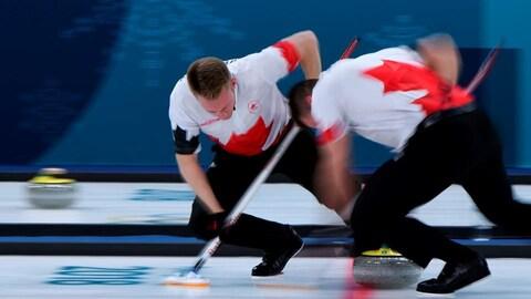 Les curleurs canadiens accèdent aux demi-finales à Pyeongchang