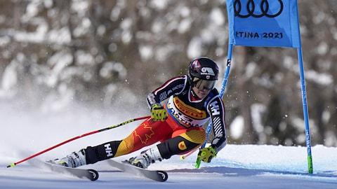 Marie-Michèle Gagnon effectue un virage aux Championnats du monde de ski alpin de la FIS