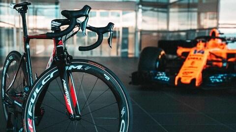 Le groupe McLaren s'associe à l'équipe de cyclisme pro Bahrain Merida Pro Cycling Team.