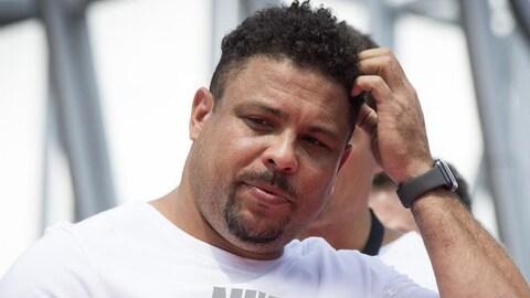 L'ancien joueur brésilien Ronaldo assiste à un événement médiatique lors de la Coupe du monde de 2018