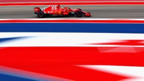 Sebastian Vettel roule sur le circuit d'Austin.