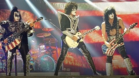 Le groupe Kiss, sur scène.